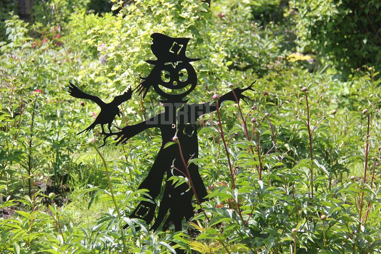 Садовая фигура «Пугало»